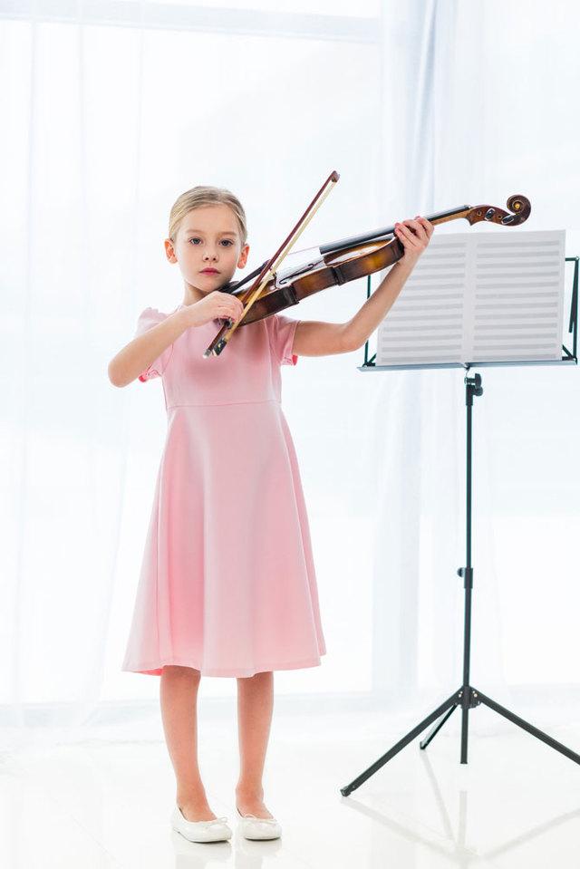 Что дети изучают в музыкальной школе?